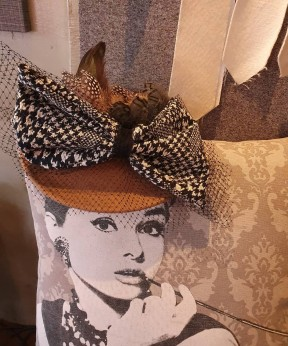 big ribbon brown hat